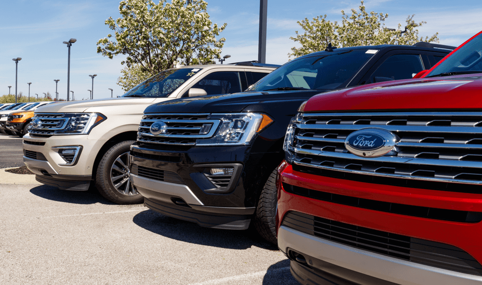 Ford-trucks-car-lot