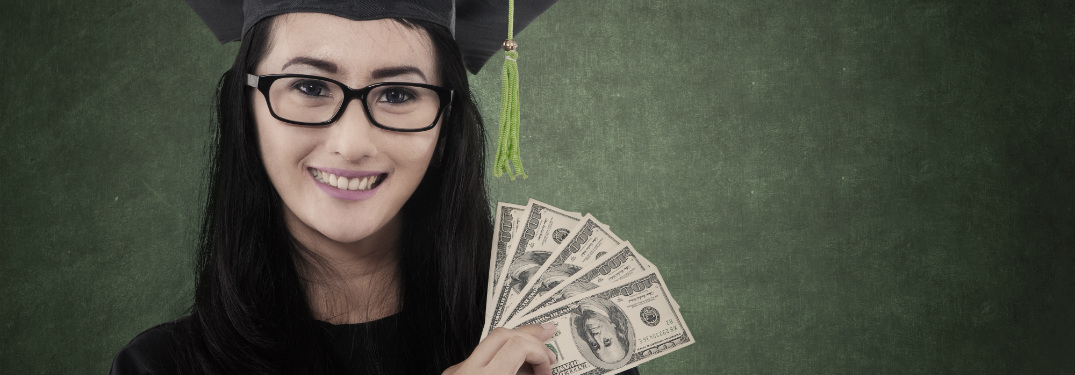 How Students Can Save Money at College