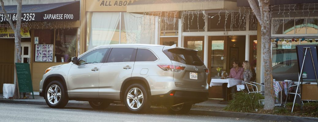 new features in 2016 Toyota Highlander