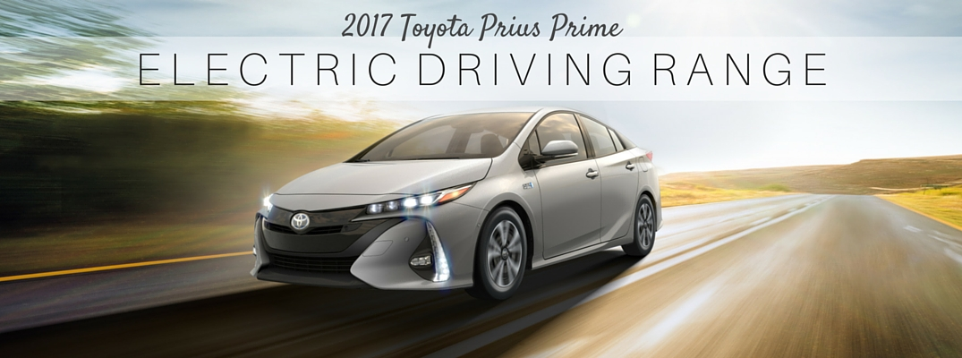 What is the electric range of the 2017 Toyota Prius Prime?