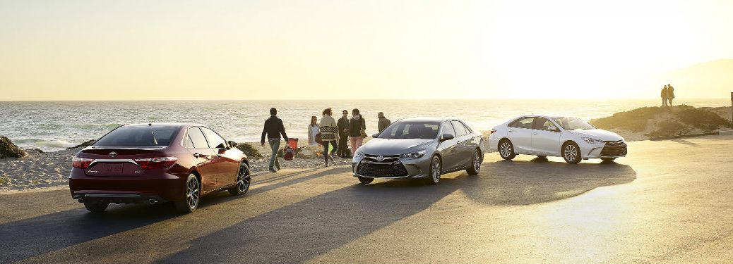 Differences between the 2016 Toyota Camry and Camry Hybrid