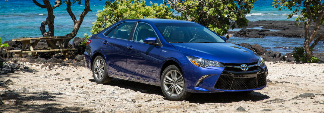 Toyota announces 2017 Camry pricing