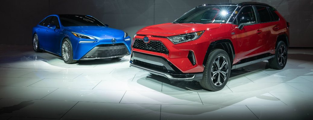 2021 Toyota RAV4 Prime and Mirai side by side