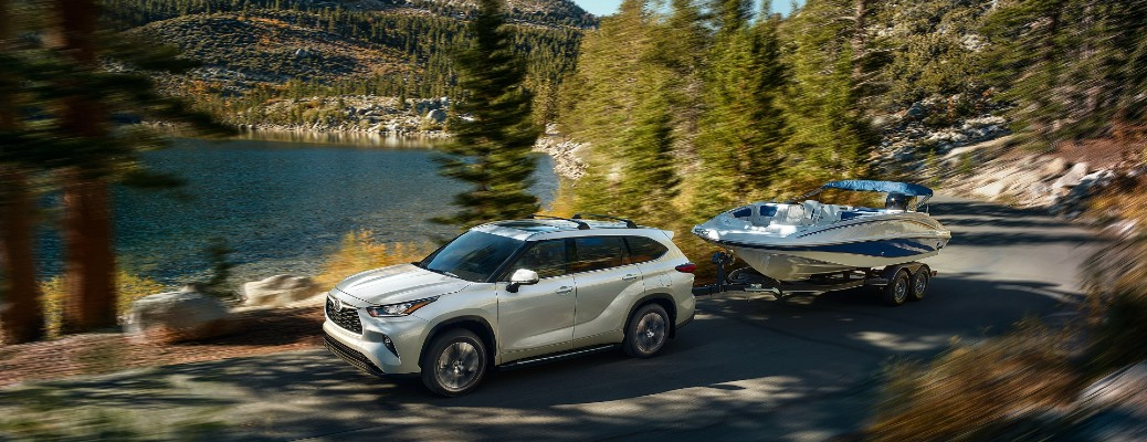 Watch Toyota's overview on the 2020 Toyota Highlander