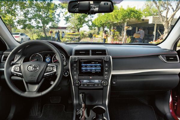 2016 Toyota Camry Interior With Entune Touchscreen