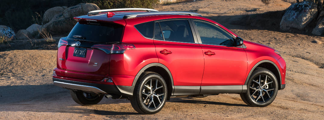 How-To Guide to the Toyota RAV4 and Highlander Power Liftgate Feature