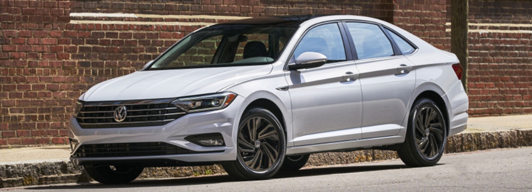 full view of the 2019 VW Jetta