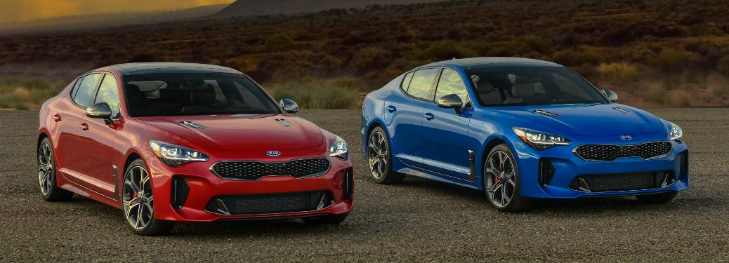 2018 Kia Stinger blue and red side-by-side