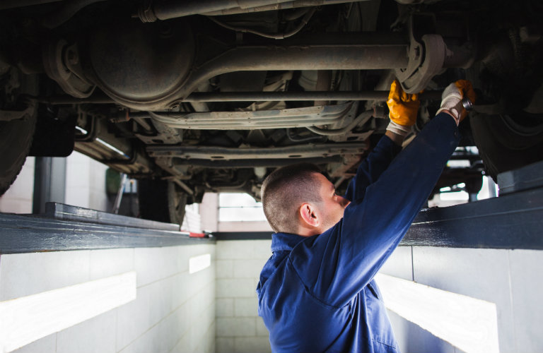 Benefits of changing your used car's oil