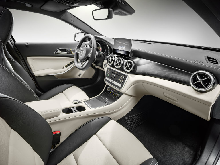 interior and seating of the 2018 Mercedes-Benz GLA