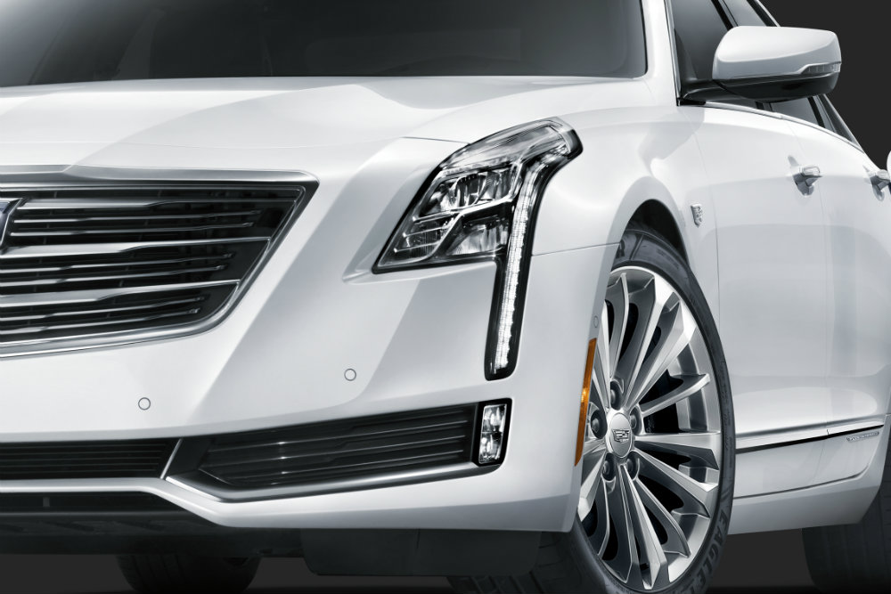 close up of the 2017 Cadillac CT6 Plug-In
