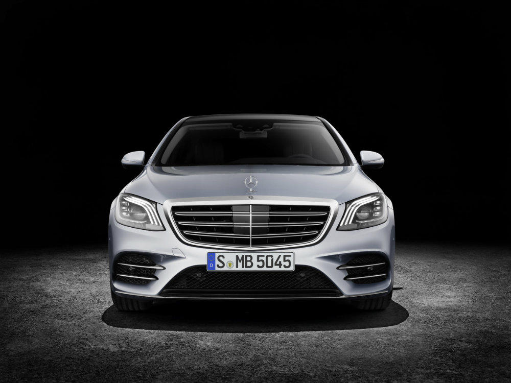 front view of the 2018 Mercedes-Benz S-Class