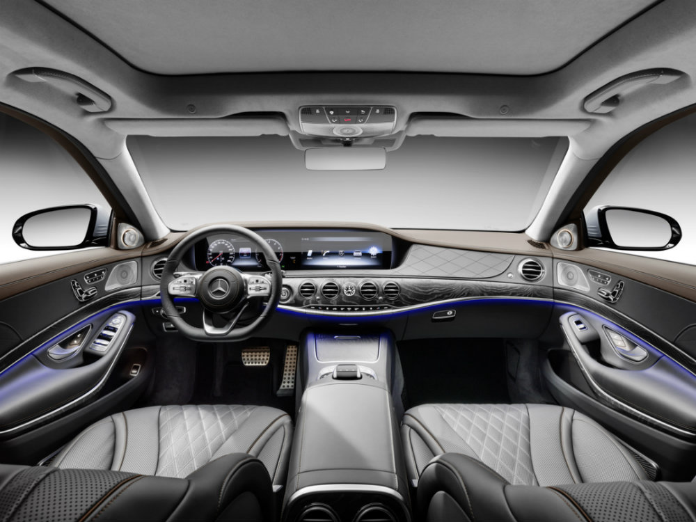 interior seating of the 2018 Mercedes-Benz S-Class