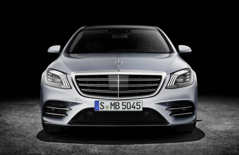 headlight and grille view of the 2018 Mercedes-Benz S-Class