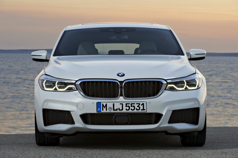 grille view of the 2018 BMW 6 Series Gran Turismo