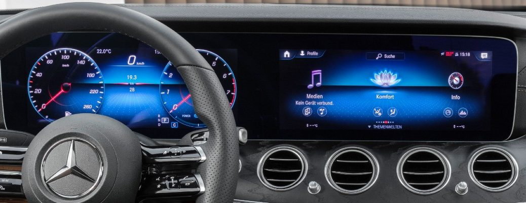 A photo of the new dashboard in the 2021 Mercedes-Benz E-Class.
