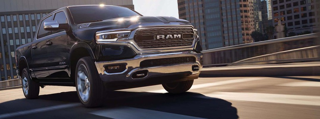 What is the maximum towing capacity for the 2019 RAM 1500?