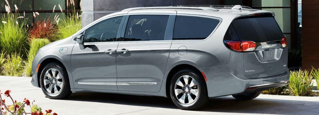2020 Chrysler Pacifica silver exterior driver side rear fascia plants around it