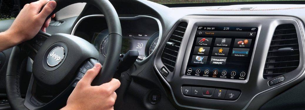 2021 Cherokee cockpit showcase