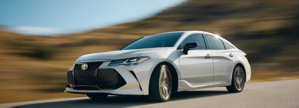 2019 Toyota Avalon driving fast down a highway