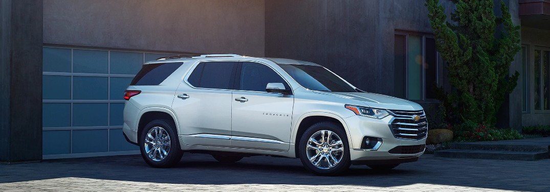 What are the Differences Between SUVs and Minivans?