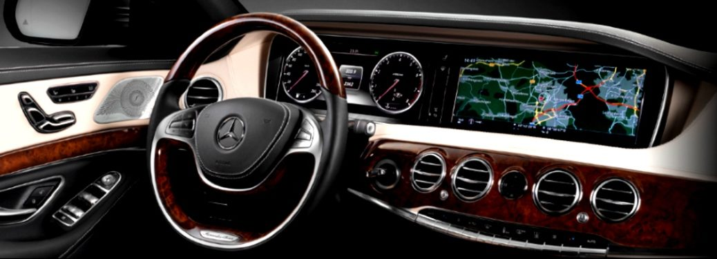 steering wheel and navigation system in a mercedes- benz