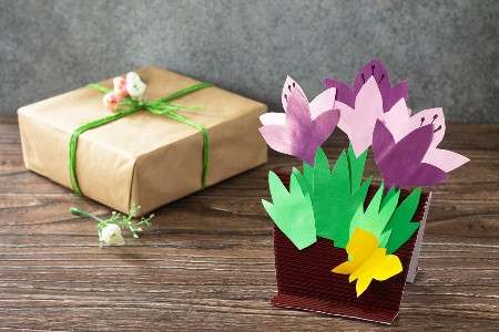 Mother's Day flower craft and gift