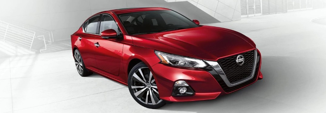 What are the Safety Features in the 2020 Nissan Altima?