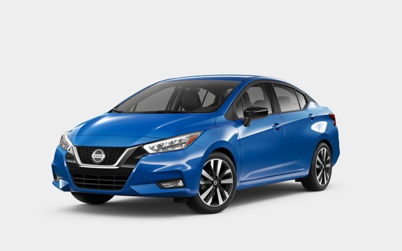 Front driver angle of the 2020 Nissan Versa in Electric Blue Metallic color
