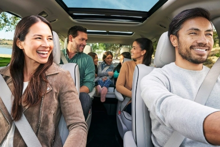 Family of seven in the 2019 Chrysler Pacifica