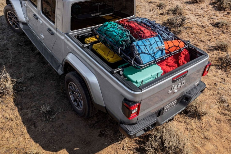 2020 Jeep Gladiator with Trail Rail Cargo Management