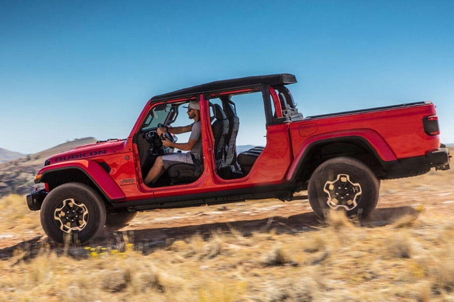 2020 Jeep Gladiator without doors form drivers side on hill