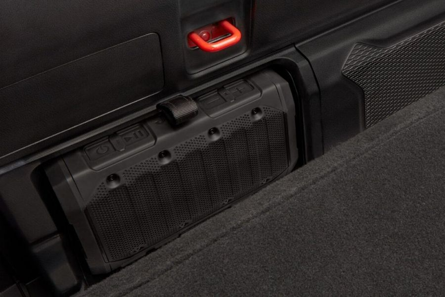 2020 Jeep Gladiator built-in speaker