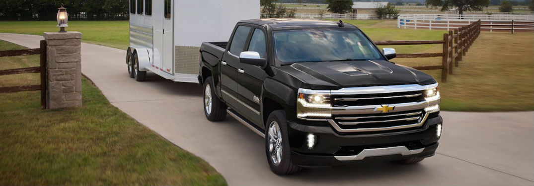 Chevy 2500 Towing Capacity >> 2018 Chevy Silverado 2500 Hd Engine Specs And Towing Capacity