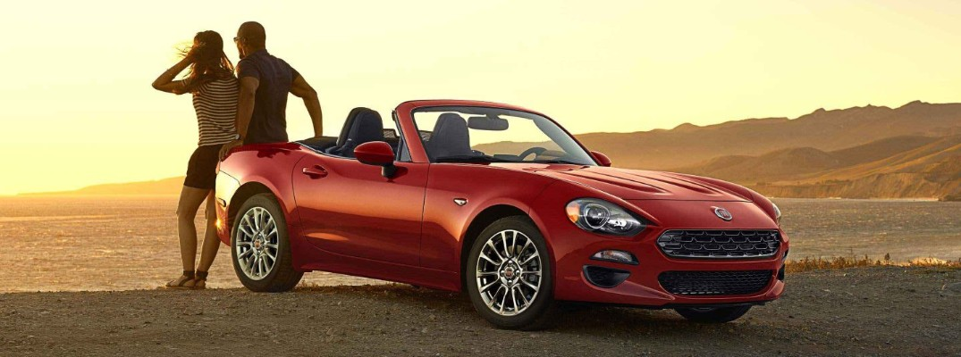 What are the Color Options for the 2020 Fiat 124 Spider Roadster?