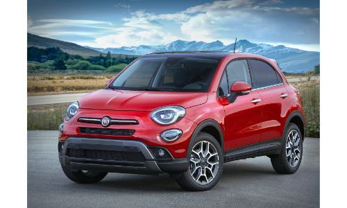 2020 Fiat 500X Trekking Plus exterior front shot with red paint color