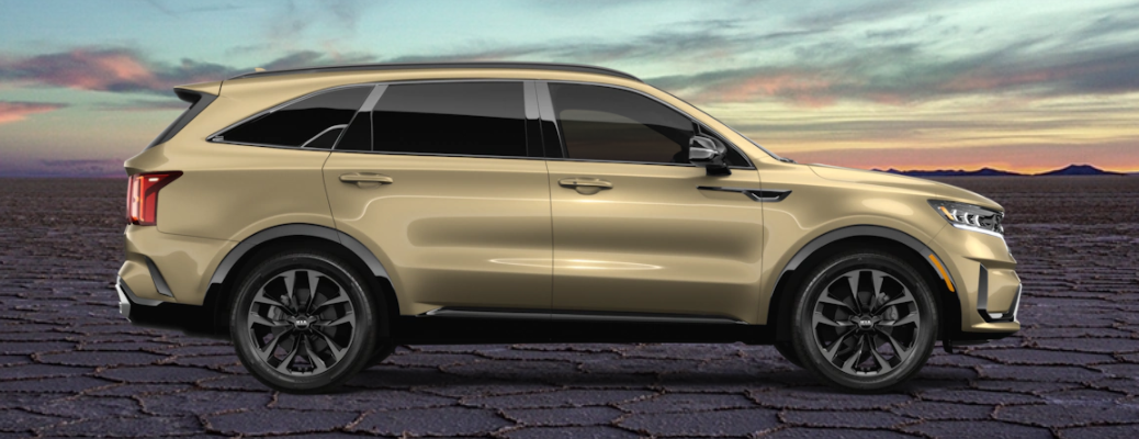 2021 Kia Sorento SX-Prestige exterior side shot with Crystal Beige paint color option