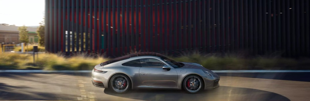 What are the exterior color options on the 2019 Porsche 911?
