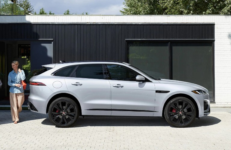 side view of the 2021 Jaguar F-PACE