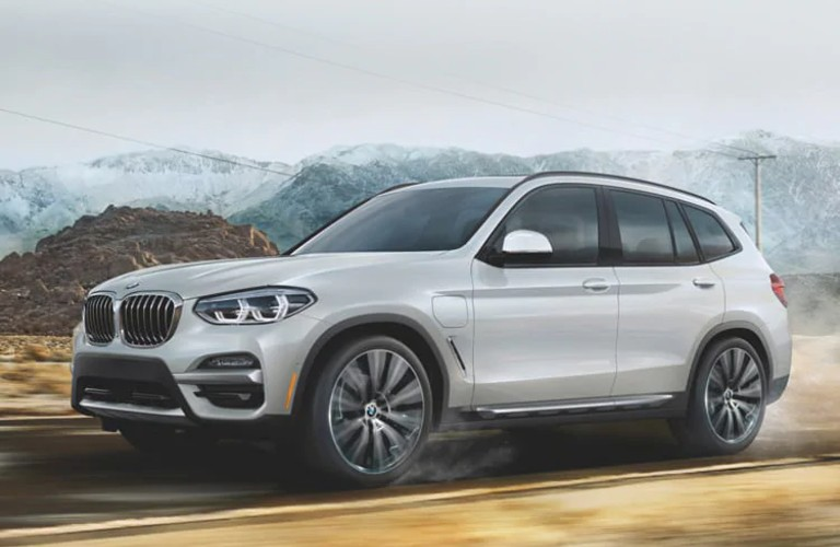 side view of the 2021 BMW X3