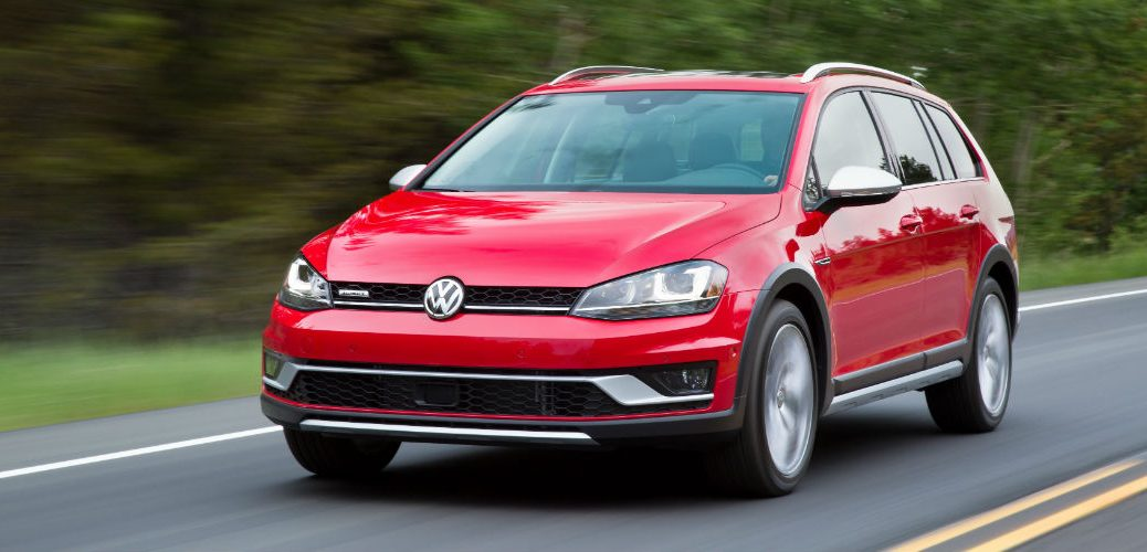 Safety scores for the 2017 Volkswagen Golf Allsport