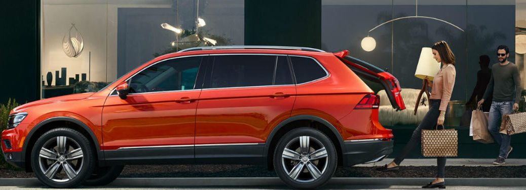 2018 Volkswagen Tiguan parked with rear lift gate open