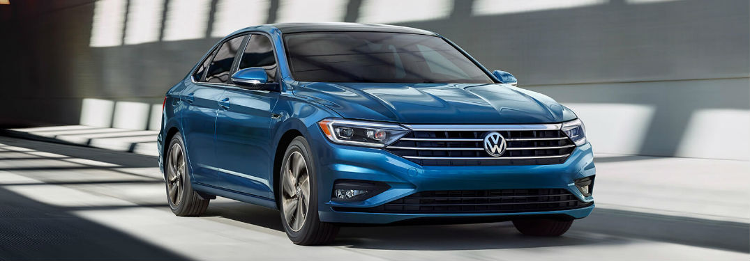 What is the Fuel Economy Rating of the 2019 Volkswagen Jetta?