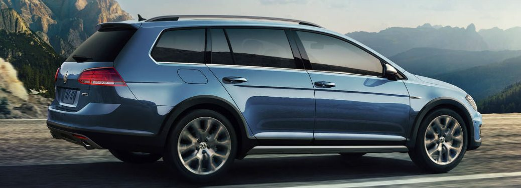 2019 Volkswagen Golf Alltrack side profile