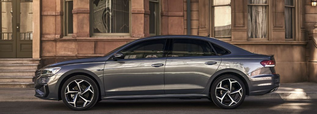 2020 Volkswagen Passat side profile