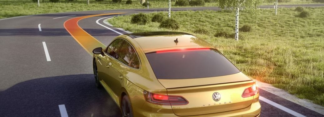 illustration-of-Adaptive-Cruise-Control-set-speed-with-gold-Volkswagen-Arteon