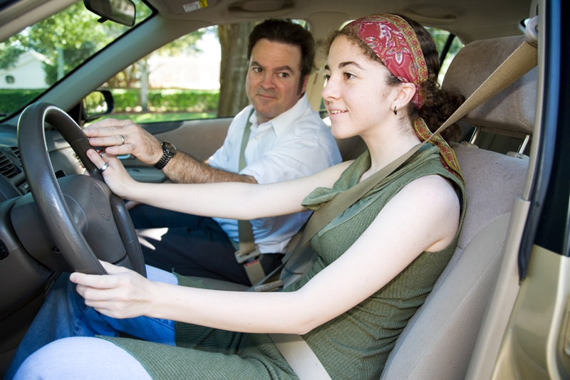 Teach your teen these tricks and tips to prepare for the road.