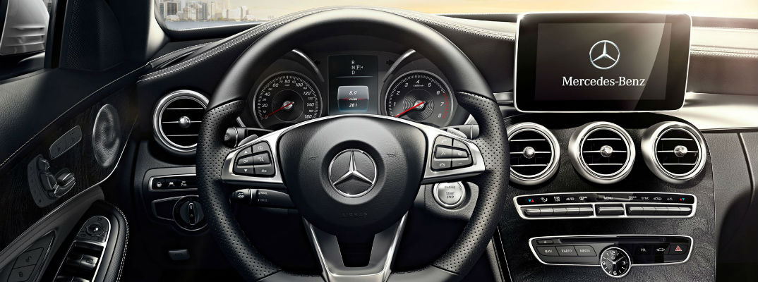 How to adjust volume of navigation voice in Mercedes-Benz