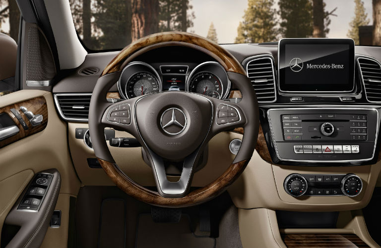 Does Mercedes have Android Auto?