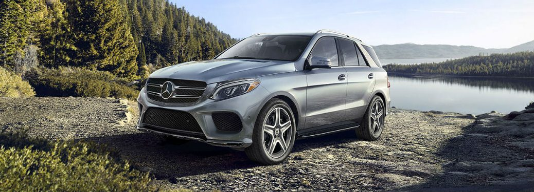 2019 MB GLE SUV exterior front fascia and drivers side with lake in background